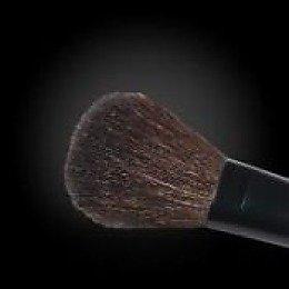Nouba Кисть для пудры № 16  - НубаКисти для макияжа<br>Кисть для румян из ультрапрочного искуственного ворса, долго держит форму, легко моется водой<br>