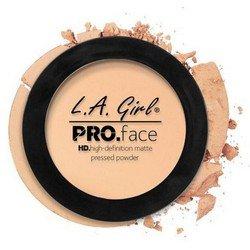Матирующая пудра для лица - L.A. Girl Pro Face Matte Pressed Powder PorcelainРумяна и пудра<br>Очень тонкая почти незаметная на лице пудра надежно матирует кожу, содержит питательные вещества, увеличивает стойкость макияжа<br>