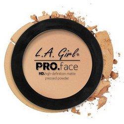 Матирующая пудра для лица - L.A. Girl Pro Face Matte Pressed Powder Nude BeigeРумяна и пудра<br>Очень тонкая почти незаметная на лице пудра надежно матирует кожу, содержит питательные вещества, увеличивает стойкость макияжа<br>